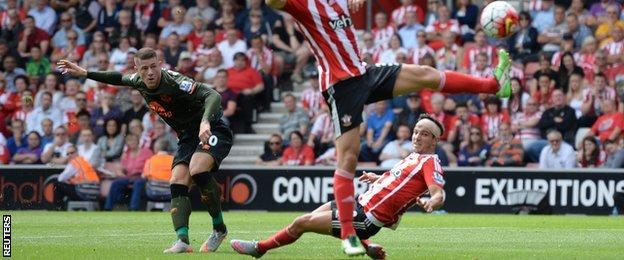 Ross Barkley scores against Southampton
