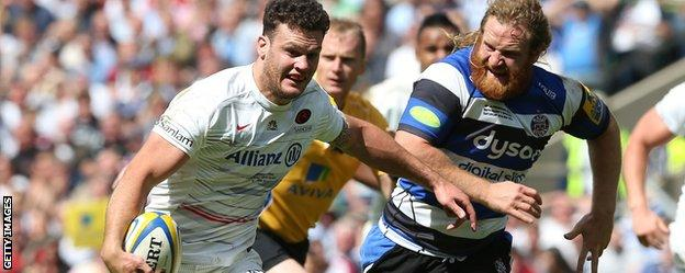 Duncan Taylor in action for Saracens against Bath