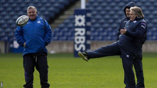 Massimo Cuttitta (left) joined the Scotland coaching set-up in 2009
