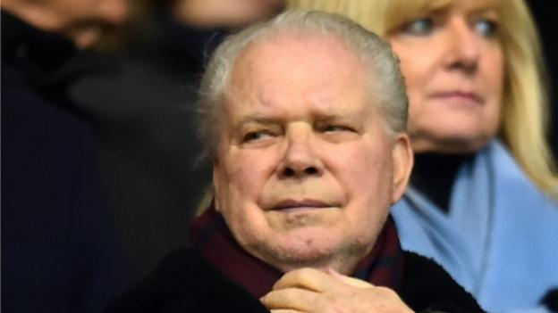 Violent protests 'cannot be tolerated', says West Ham co-chairman Gold thumbnail