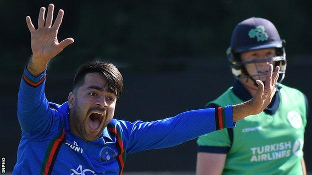 Rashid Khan claims for a dismissal against Kevin O'Brien in a game between Ireland and Afghanistan in 2018