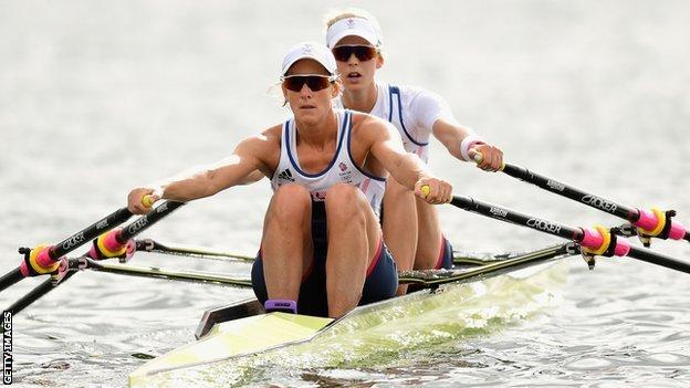 Katherine Grainger and Vicky Thornley rowing