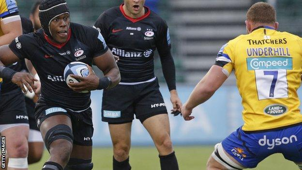 Saracens' Maro Itoje is tackled by Bath's Sam Underhill