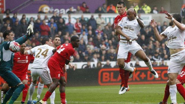 Ayew scores for Swansea