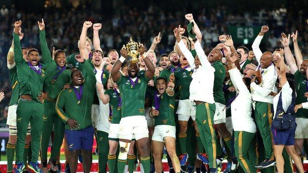 South Africa lift Webb Ellis Cup