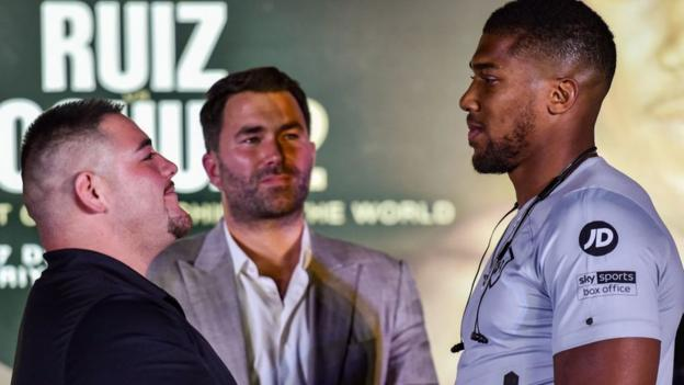 Joshua v Ruiz: Fighters meet in Saudi Arabia for first time on press tour thumbnail
