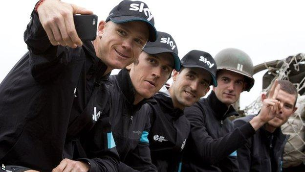 Chris Froome, Geraint Thomas and Team Sky riders