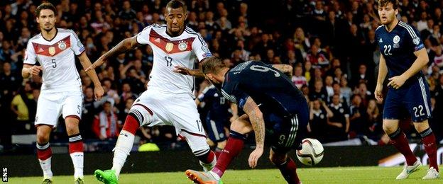 Steven Fletcher says his lack of goals for Scotland is down to a lack of chances created for him