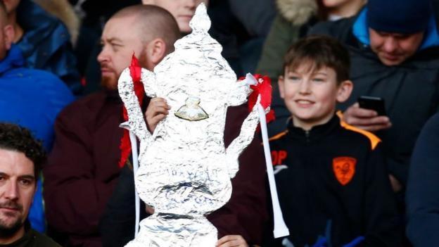 FA Cup: BBC to show Halesowen Town v Altrincham in third qualifying round