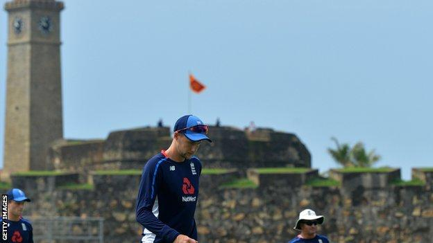 Joe Root with the Galle fortress in the background