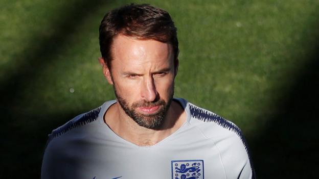 England v Spain: Should Gareth Southgate go for points or experiment? - BBC Spor...