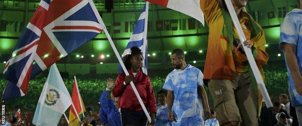 Kadeena Cox carried the GB flag into the stadium