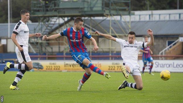 Liam Polworth scores