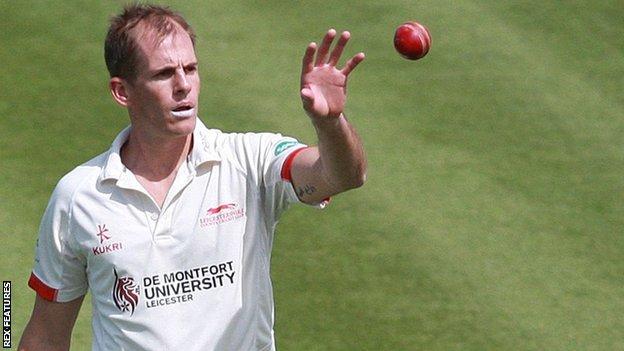 Leicestershire's Neil Dexter