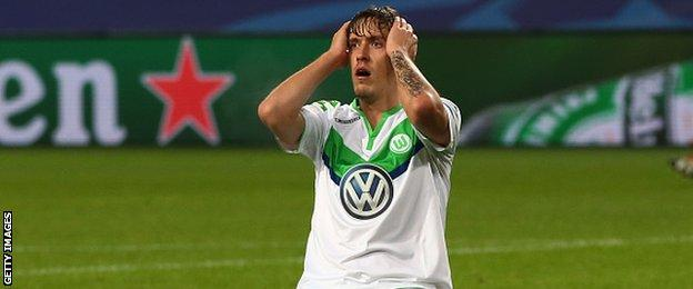 Max Kruse reacts to a missed chance