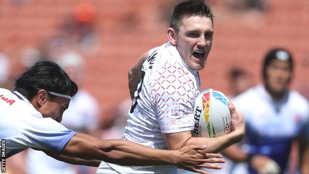 Will Edwards in action for England Sevens