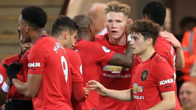Man Utd cruise to win at Norwich despite Krul saving two penalties
