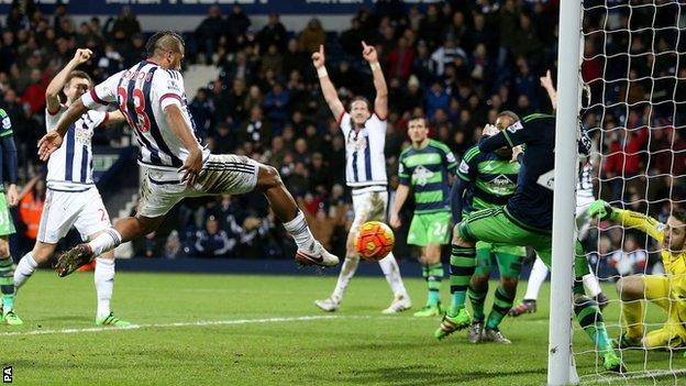 Salomon Rondon equalises
