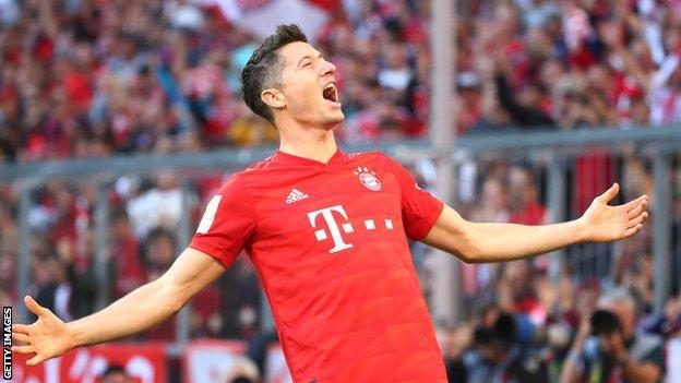 Robert Lewandowski celebrates scoring for Bayern Munich