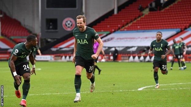Harry Kane celebrates scoring against Sheffield United