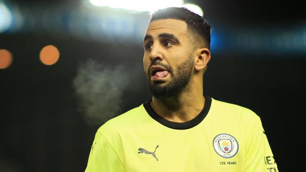 Transfer rumours: Mahrez, Umtiti, Dembele, Telles, Martinez thumbnail