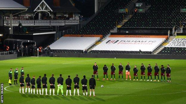 Players hold two minute's silence at Fulham v Wolves