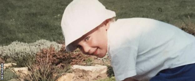 Stuart Broad child picture