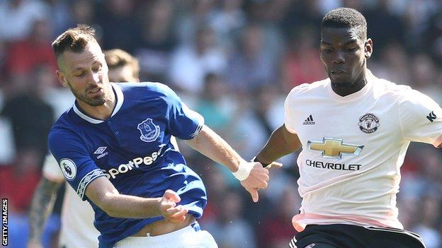 Morgan Schneiderlin challenges Paul Pogba