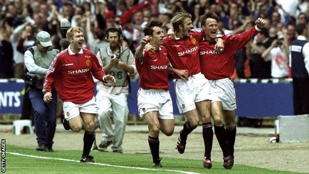 Paul Scholes, Gary Neville, David Beckham and Teddy Sheringham
