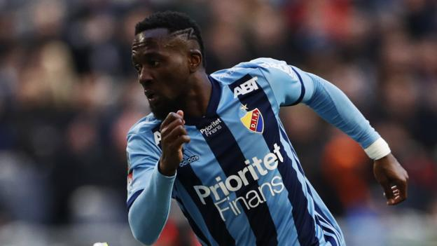 Sierra Leone's Mohamed Buya Turay is recovering from 'juju injury' thumbnail