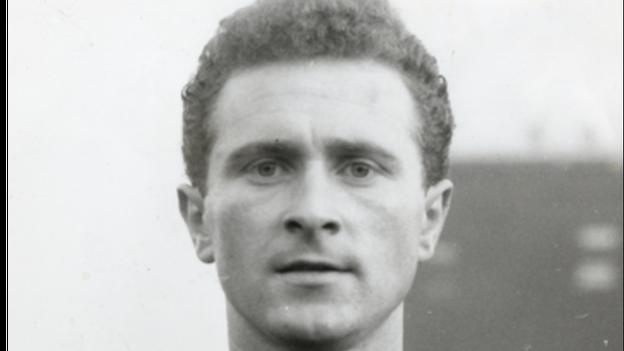Harry Gregg would go on to become as goalkeeping legend with Manchester United and Northern Ireland