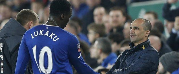 Everton striker Romelu Lukaku (left) with manager Roberto Martinez