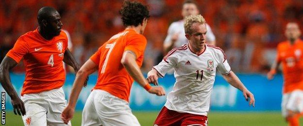 Jonny Williams in action against Netherlands in 2014