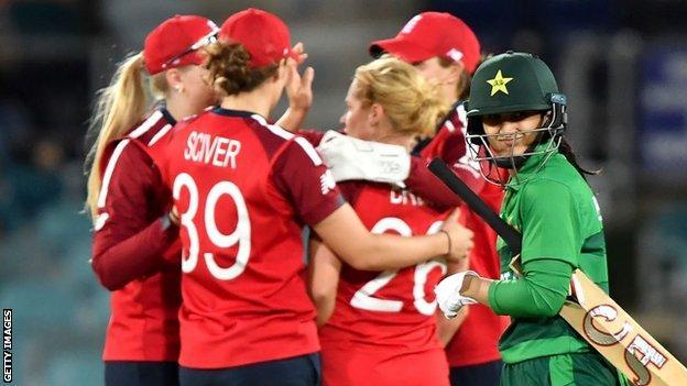 England women v Pakistan women at the 2020 Twenty20 World Cup