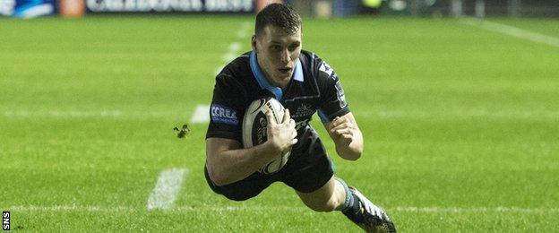 Mark Bennett scores for Glasgow Warriors