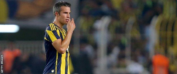 Galatasaray striker Robin van Persie