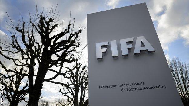 Fifa lodges criminal complaint against former president Blatter thumbnail