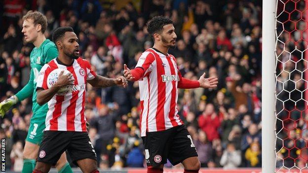 Said Benrahma (right) celebrates his goal for Brentford