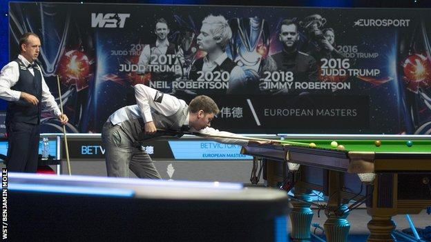 Peter Devlin taking a shot during his win over Mark Williams at the European Masters
