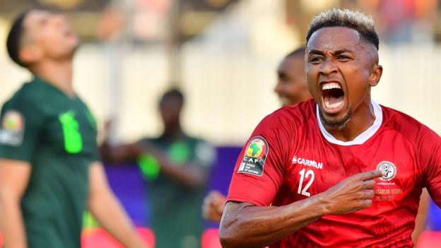 Africa Cup of Nations: Madagascar 2-0 Nigeria thumbnail