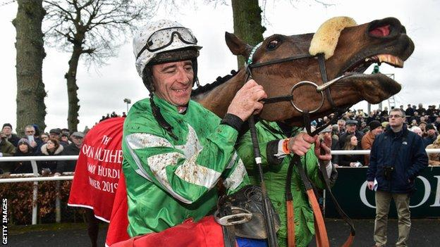 Davy Russell and Presenting Percy