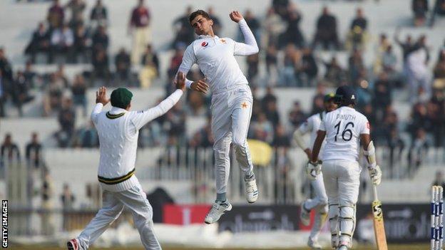 Shaheen Afridi celebrates wicket