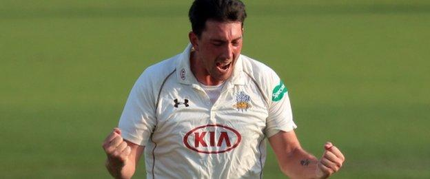 Surrey fast bowler Mark Footitt completed a five-wicket haul for the third Championship match running