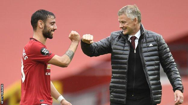 Manchester United: Bruno Fernandes says 'you don't want your rivals at the same level' (2021)