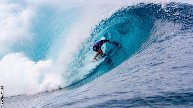 The Teahupo'o wave