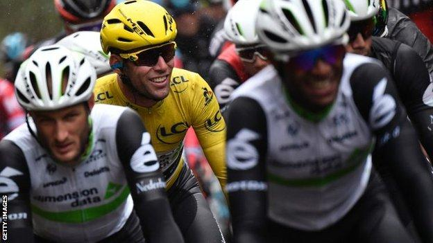 Mark Cavendish in the yellow jersey