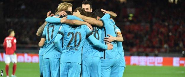 Barcelona will meet Arsenal in the last 16 of the Champions League