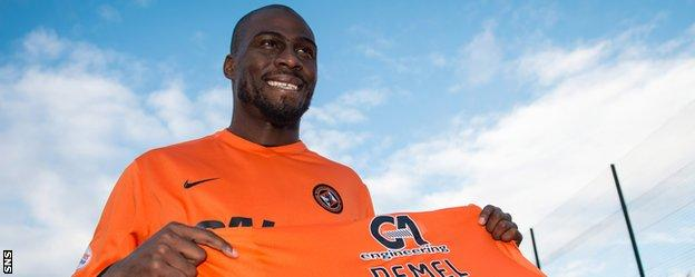 Guy Demel with his Dundee United shirt