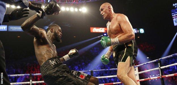 Fury knocks down Wilder