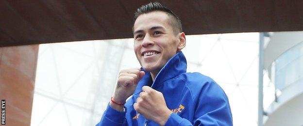 Andres Gutierrez's career record includes 24 knockout wins